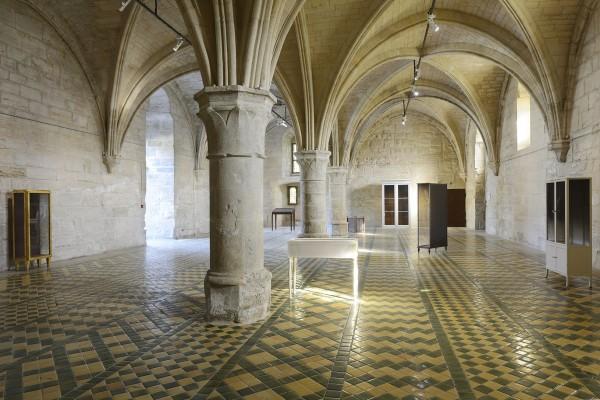 Vaste | credit-catherine.brossaisvitrines-exposition-de-patrick-neu-a-l-abbaye-de-maubuisson-photo-c.brossais-cdvo-5-redim.jpg